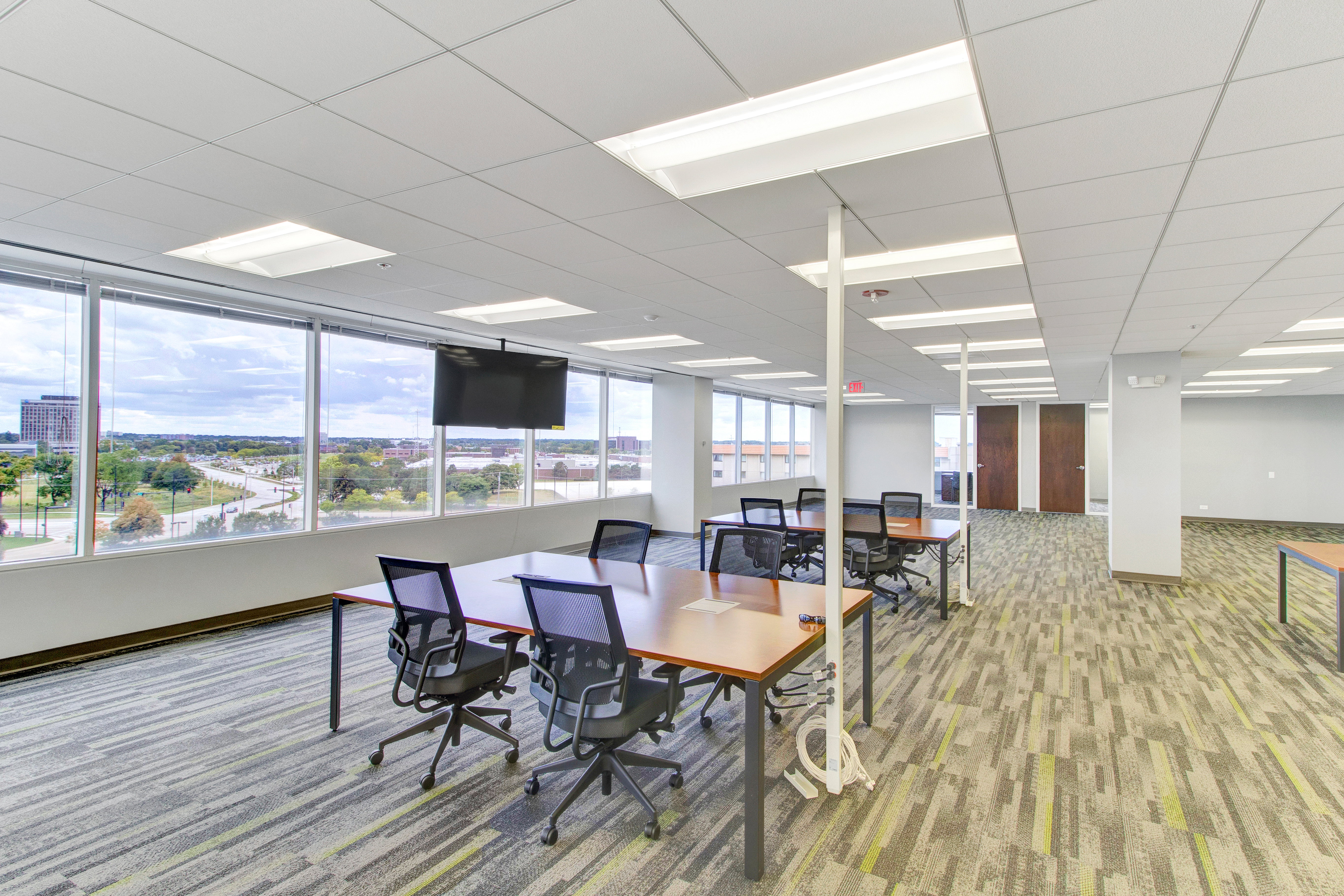 office flooring tiles grey contact us today for the finest in carpet tile and installation this schaumburg office space is an outstanding example of our on going work product mannington elevation carpet tiles transform office space